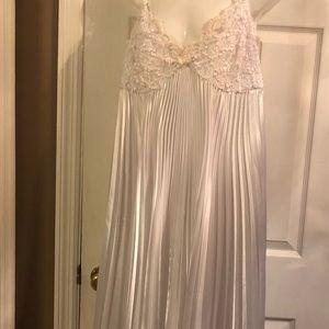 Paulette's Rousseau nightgown medium